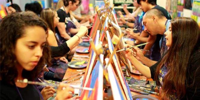 A Painting Fiesta slide 1