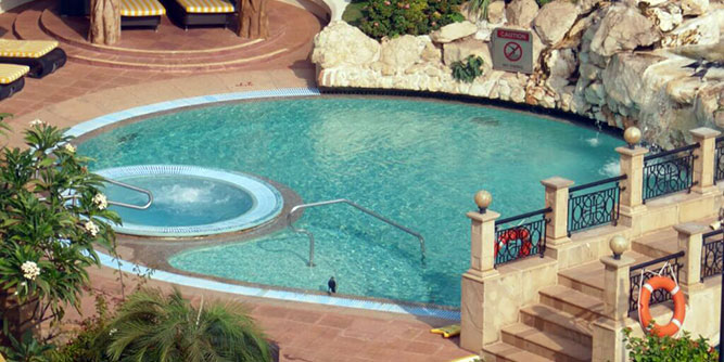 Epic Pools slide 7