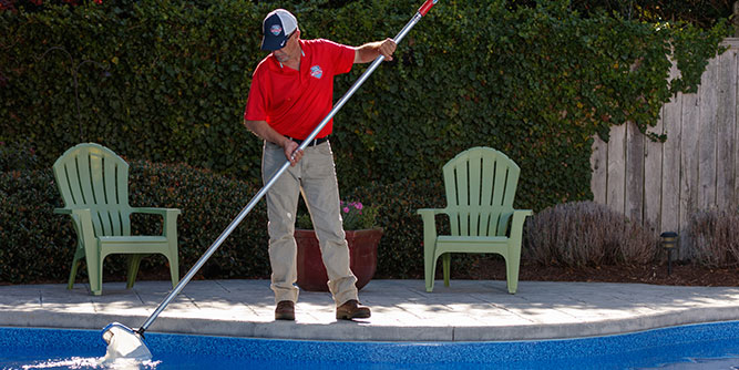 Pool Scouts Pool Cleaning slide 3
