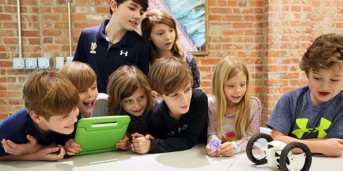 Techie Factory - Building Powerful Minds slide 1