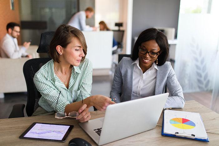 businesswomen giving business tips