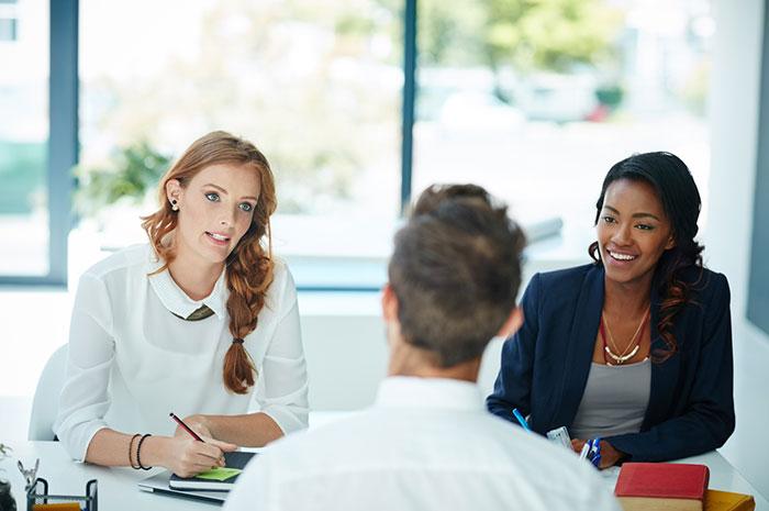 hiring a trustworthy employee