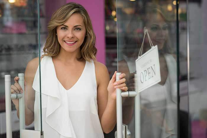 kim cattrall open sign